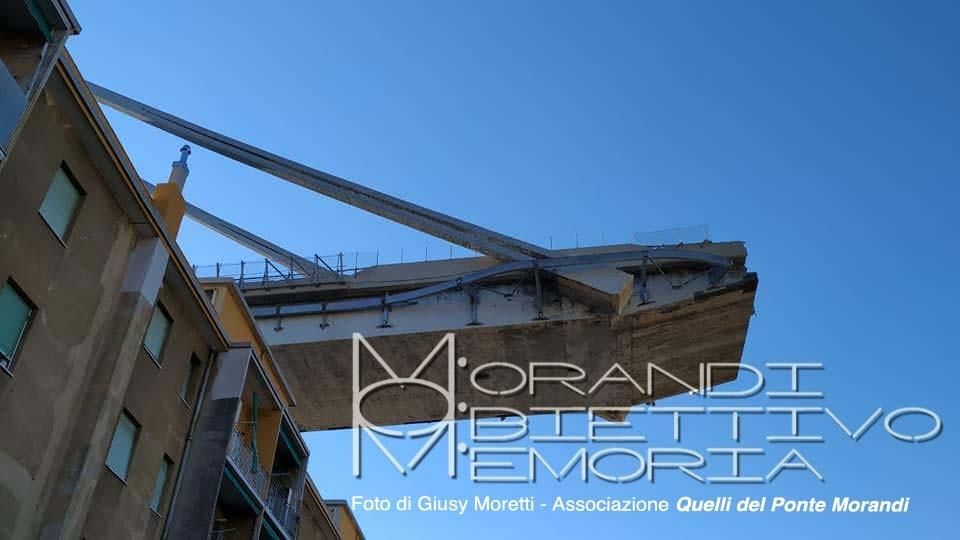 Il 'moncone' di levante, sospeso sopra i palazzi di Via Porro (particolare)