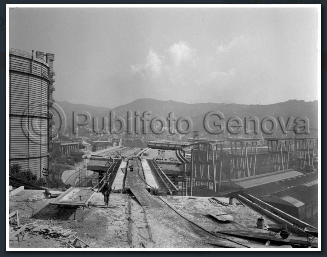 9 ottobre 1964, i piloni a ovest